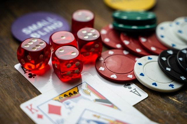 How To Play Poker: Maximizing Your Pot Odds