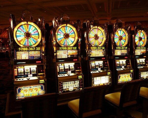 Win at the Casino – Discover New Ways to Improve Your Odds of Winning